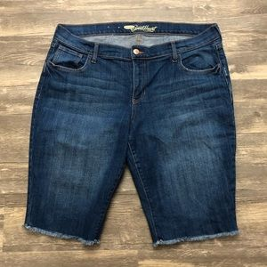 Old Navy The Sweetheart Long Jean Shorts 14